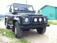 1998 Land Rover Defender 90 TD5, 177,200 kms. 2.5L I5