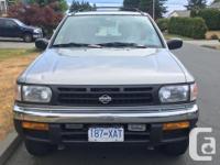 Make Nissan Model Pathfinder Year 1998 Colour silver