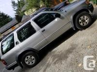 Make Nissan Model Pathfinder Year 1998 Colour silver