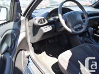 Make Pontiac Model Sunfire Year 1998 Colour Blue Trans