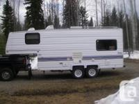 1998 Topaz 22.5 ft. Fifth Tire Trip Trailer