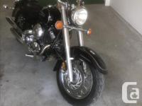 Make Yamaha Model V-Star Year 1998 kms 33000 Black bike