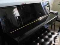 *1998 Yamaha E108 Piano for Sale *Polished ebony black