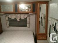 1999 camper 4900 oboin good condition everything works