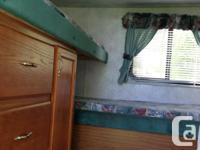 1999 Cherokee 33'travel trailer. Front queen bedroom