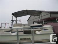 1999 CREST SPORT 18' PONTOON BOAT w/25 HP MERCURY JUST