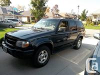 1999 Ford Explorer Limited, mint conditon, one of a