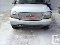 Make GMC Model 1500 Year 1999 Colour white kms 285000
