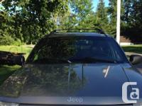 Jeep grand Cherokee - minimal edition - quadratic.