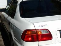 Make Honda Model Civic Year 1999 Colour white kms
