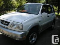 Make Suzuki Model Grand Vitara Year 1999 Colour White