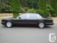 Make Jaguar Version XJ8 Year 1999 Colour Black kms