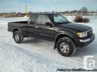 3.4 Liter Engine, Automatic Transmission 2WD, CLEAN