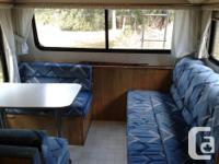 1993 Rustler 19ft trailer for sale. Sleeps 6. Has loft