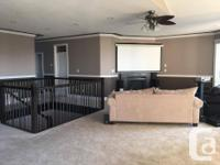 Pets No Bright, spacious bedroom in a stunning