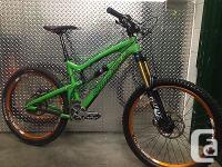 "2013 Santa Cruz Nomad C Size medium 17"" Excellent"