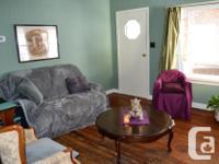 # Bath 1 Sq Ft 995 MLS 2434549 # Bed 2 This quaint