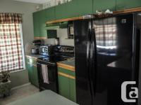 This 2 bedroom, semi on suite bath townhouse located in