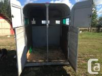 Two horse trailer with removable divider. Under manger