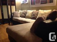 This two-piece sectional is in excellent problem! The