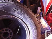 j'ai 2 pneus d'hiver neuf pour SUV 235/70/16,vu sur les