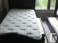 2 single beds and 2 mattresses for each bed  for sale