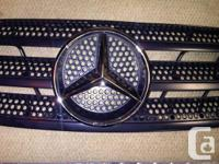 We have a 2000-03 Mercedes ML 320 front hood grill