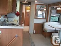 Snowbirds - 36' Fleetwood Southwind Motor home, Ford
