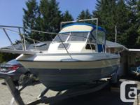 2000 Campion Explorer 215 in good condition. Yamaha 150