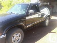 Make Chevrolet Version Blazer Year 2000 Colour black