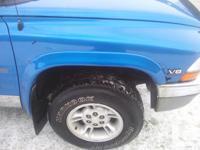 2000 Dodge Dakota Quad Cab SLT 5.9l motor 4x4, Fresh