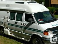 2000 Dodge Great West Van Class-B Motorhome. automatic