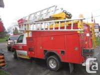 Make Ford Model E-450 Year 2000 Colour Red kms 228000