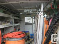 Make Ford Model Econoline Cargo Van Year 2000 Colour
