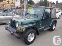 Make Jeep Model Wrangler Year 2000 Colour green kms