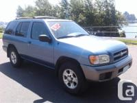 Make Nissan Model Pathfinder Year 2000 Colour Gray kms