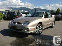 2000 PONTIAC SUNFIRE!! IN AMAZING CONDITION! LOW KMS!