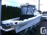Well maintained 2001 27ft SPORT-CRAFT Walkaround boat.