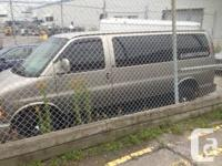 2001 chevy express mint fully loaded , leather interior