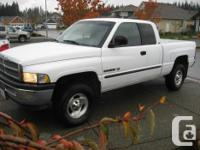 Make Dodge Version Ram 1500 Club Year 2001 Colour