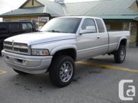 2001 Dodge Ram 2500 Laramie , quadcab , longbox , 4x4 ,