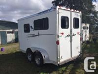 2001 Featherlite, Aluminum, 2 horse, straight haul,