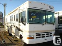 2001 FLEETWOOD FLAIR 30 FT FORD V10 TRITON CLASS A