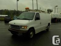 Make Ford Model E-250 Year 2001 Colour White kms