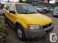 Make Ford Model Escape Year 2001 Colour Yellow kms
