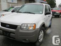 2001 FORD ESCAPE WITH ALL THE OPTIONS INCLUDING LEATHER