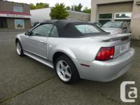 Make Ford Model Mustang Year 2001 Colour Silver kms