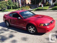 2001 Ford Mustang Ruby Red à vendre Manuel 5 vitesses