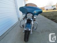2001 Harley Davidson Electra Glide $8500- 70,000 Kms