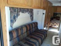 2001 jayco travel trailor has 1 slide out queen bed